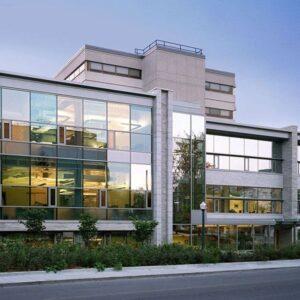 دانشگاه کوئین کانادا 2